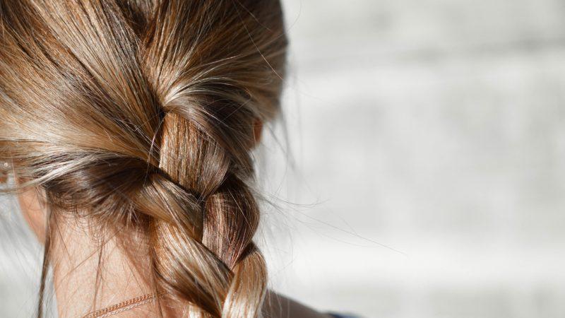抜け毛予防が、食品への毛髪混入リスクを減らす!?