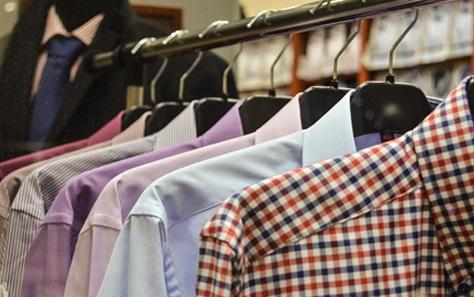 ご家庭で衣類のシワを簡単に取る方法をご紹介